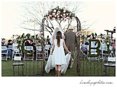 wedding isle, Photo by Kim Hayes Photography Wedding Stuff, Our Wedding, Dream Wedding, Wedding Isles, Portrait Photography, Wedding Photography, Fort Worth Wedding, Wedding Arches, Grand Entrance