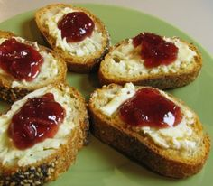 For the Love of Cooking » Brie and Apple Cranberry Chutney Crostini