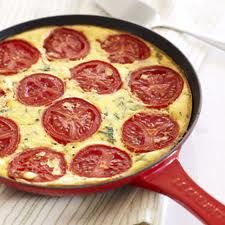 Tomato omelette with basil seasoning