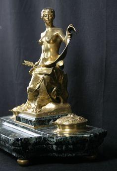 Encrier en bronze et marbre, signé Georges Bareau