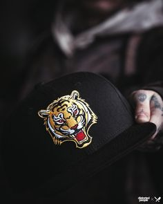 Our all new Tiger Snapback in black