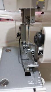 La costura me da locura.....: Como meterle mano a la overlock del Lidl.... Sewing Tutorials, Sewing Hacks, Sewing Projects, Sewing Patterns, Singer Overlock, Lidl, Sewing Techniques, Maria Jose, Sticks