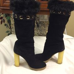 Gucci Black suede chinchilla fur lined tall boots This is a gorgeous pair of authentic Gucci black suede chinchilla fur lined tall boots with 5 inch rubber sole. Gucci Shoes Winter & Rain Boots