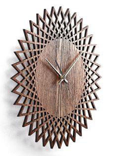 ✔ Measures: / ✔ Color: oak ✔ Minimalistic design ✔ Handmade from first-class tree species. Clock Art, Diy Clock, Clock Decor, Wall Clock Wooden, Wood Clocks, Wooden Walls, Best Wall Clocks, Unique Wall Clocks, Wall Watch