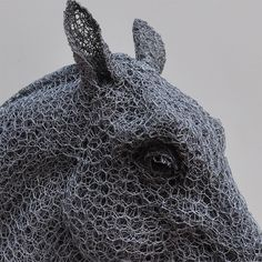 Using Only Galvanized Wire, This Artist Creates Lifelike and Life Size Animal Sculptures Armature Sculpture, Sculpture Art, Wire Sculptures, Sculpture Ideas, Photomontage, Chicken Wire Sculpture, Crafts For 2 Year Olds, Grandeur Nature, Trash Art