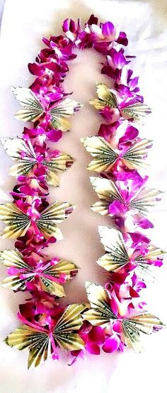 Single Orchid Lei with Money Butterflies