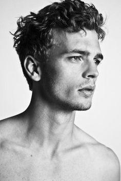 Benjamin Eidem  | Male Model | Fashion Boy | b&w | ÍKΔRO ▲