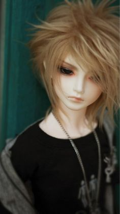 handsome anime doll... looks like our local celebrity daniel padilla