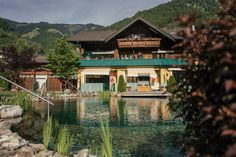 Sommerurlaub Gastein Style At Home, Mansions, House Styles, Home Decor, Summer Vacations, Water Pond, Bathing, Decoration Home, Manor Houses