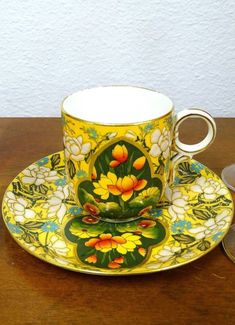 "HARVEY ADAMS HAMERSLEY OVINGTON ART NOUVEAU 2 1/4"" DEMITASSE CUP & SAUCER 1870 Art Nouveau, Art Deco, Coffee Cups, Tea Cups, Yellow Cups, Mug Art, Porcelain Mugs, Cabinet Decor, Tea Cup Saucer"
