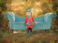 two year old posing photography Group Photos, Family Photos, Photography Photos, Children Photography, Friends Group Photo, Two Year Olds, Settee, Picture Ideas, Cute Pictures