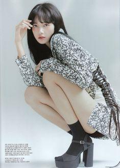 두유🍦 (@i60808) / Twitter Blackpink Lisa, Kpop Girl Groups, Kpop Girls, Jenny Kim, Lisa Blackpink Wallpaper, Blackpink Photos, Blackpink Fashion, Jennie Blackpink, Poses