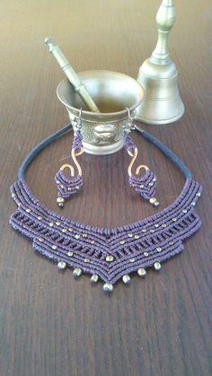 set of macrame necklace and earrings. https://www.etsy.com/es/shop/TribalMacrame