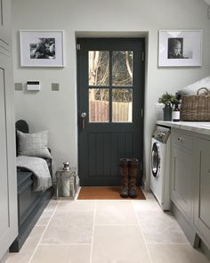 Convert WC at back of side extension to Victorian terrace home into a boot room/utility Mudroom Laundry Room, Laundry Room Design, Utility Room Designs, Utility Room Ideas, Utility Room Storage, Bench Storage, Laundry Storage, Storage Ideas, Boot Room Utility