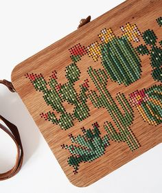 Handmade Embroidered Wood Bag is made with oak wood, hand-sewn suede leather, colourful yarn. Paper Embroidery, Beaded Embroidery, Cross Stitch Embroidery, Embroidery Patterns, Stitch Patterns, Wooden Purse, Wood Crosses, Embroidery Techniques, Handmade Bags