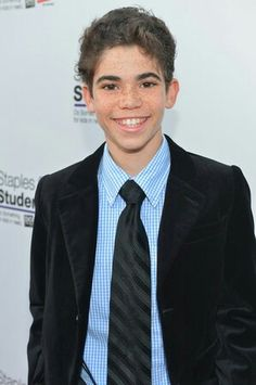 Cameron Boyce oh my gosh so cute! haha