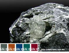 #unne#corporativo#transportes#cal#agregados#intermodal CORPORATIVO UNNE te dice La mineralogía es la ciencia que se ocupa de identificar minerales y estudiar sus propiedades y origen con el propósito de realizar su clasificación. El estudio de los minerales se efectúa a partir de la observación y del análisis de las rocas que constituyen muestras geológicas. .http://www.unne.com.mx/