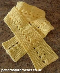 Free crochet pattern for ladies scarf http://www.patternsforcrochet.co.uk/scarf-usa.html #patternsforcrochet #freecrochetpatterns