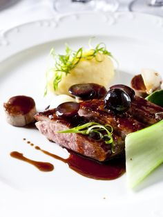 Duck breast with honey grapes