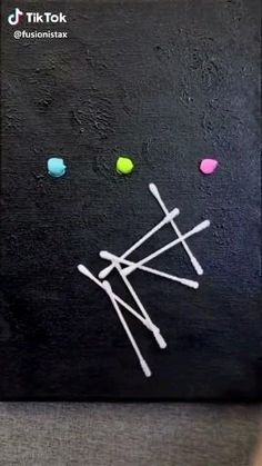 Canvas Painting Projects, Diy Canvas Art, Diy Painting, Kids Canvas, Painting On Black Canvas, Simple Canvas Paintings, Canvas Canvas, Art Projects, Art Diy