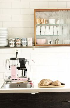 #coffee corner Coffee in rose...white tile. Coffe spot at home. Your fav spot in the world!!!
