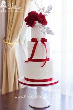 Featured Cake: Bellaria Cake Design; Wedding cake idea.