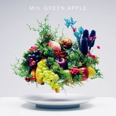 I was drawn to the Japanese music scene today because I just realized one of my favorite artists (Ayumi Hamasaki) is having her anniversary tour right now and the DVD of her tour will be out o… Apple Varieties, Christmas Wreaths, Floral Wreath, Table Decorations, Holiday Decor, Green, Anime, Sumika, Discovery
