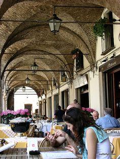 Italian cafe, Mantova by Null & Full, via Flickr