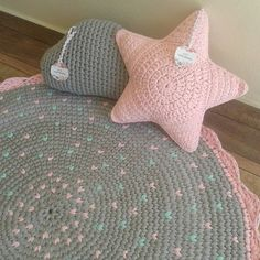 Home Depot Carpet Runners Vinyl Crochet Rug Patterns, Crochet Basket Pattern, Crochet Motifs, Granny Square Crochet Pattern, Blanket Patterns, Crochet Carpet, Crochet Home, Crochet Crafts, Crochet Baby