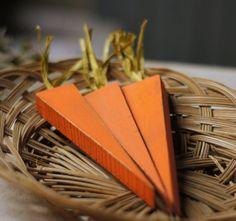 15 Woodworking Easter Projects via TheKimSixFix.com