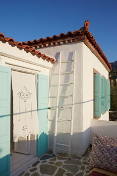 My Greek Island Home | Real Homes (houseandgarden.co.uk)