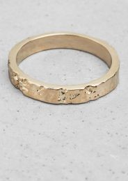 Wood-effect ring