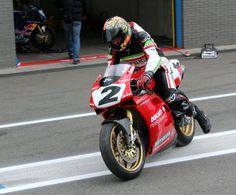 Ducati 916 Racing ´95 Ducati 916, Ducati Superbike, Ducati Motorcycles, Moto Guzzi, Sport Bikes, Biking, Motorbikes, Euro, Vintage