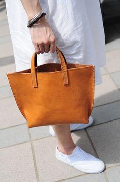 Hand Stitched Light Brown Leather Handbag Artemis Leatherware Etsy
