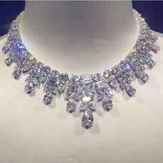 Bijouxdeluxe_. Incredible diamond necklace. True beauty. True perfection. Marvellous colour. Impressive stones. Extraordinary craftsmanship. Superb.
