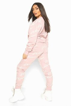 🕶😵🧦👡⛑👠💼🕶🤪😇 Girls Fashion Clothes, Barbie Clothes, Girl Fashion, Fashion Outfits, Clothes For Women, Barbie Outfits, Cute Nike Outfits, Casual Outfits, Girls Tracksuit
