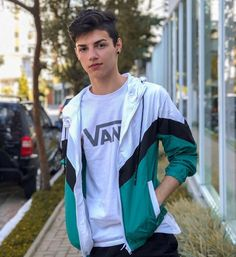 🌍 Jacket from Lenceria Calvin Klein, Beautiful Men, Dan, Graphic Sweatshirt, Sweatshirts, Boys, Sweaters, Jackets, Instagram