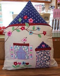 house cushion Source by House Quilts, Fabric Houses, Applique Cushions, Pin Cushions, Sitting Pillows, Cushion Source, New Homeowner Gift, Free Motion Embroidery, Theme Noel