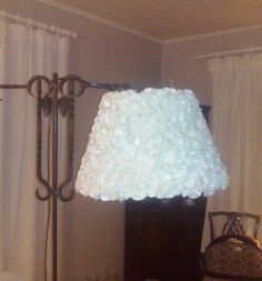DIY lampunvarjostin huovasta