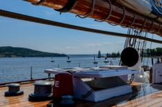 Ways to Save Money When Chartering a Yacht Location Saisonnière, Set Sail, Get Some, Ways To Save Money, Bartender, Trip Planning, Saving Money, Sailing, Boat