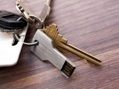 Key-shaped USB Drive http://stuffyoushouldhave.com/key-shaped-usb-drive/
