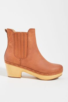 Frye Odessa Chelsea Boots by in Brown Size: at Anthropologie Clog Boots, Frye Boots, Women's Boots, Nyc Girl, Shoe Company, Boot Shop, Tall Boots, New Shoes, What I Wore