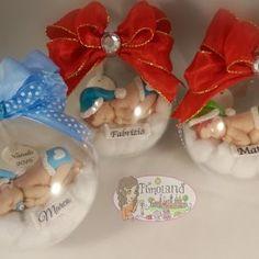 Sfera di plexiglass trasparente da appendere con all'interno un dolce bambino. Il bebè è adagiato su una soffice nuvola bianca, con striscione personalizza | Bomboniere, Bambini (nascita, battesimo, compleanno), Festività e Ricorrenze, Natale, Idee regalo e Accessori per la casa, Da Appendere, Fimo (Polymer Clay), Decorazioni, Festività, Doll