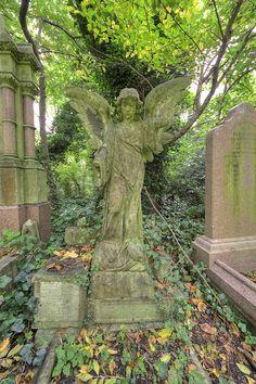 3326 Nunhead Cemetery