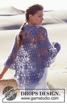 DROPS Crochet shawl in Alpaca and Vivaldi or Alpaca and Brushed Alpaca Silk. Free pattern by DROPS Design.