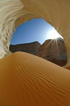 Cave with a dune in Egypt. Cool Pictures, Cool Photos, Beautiful Pictures, Beautiful World, Beautiful Places, Landscape Photography, Nature Photography, Photo Images, Desert Life