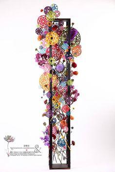 by Floristmeisterin Moonhyunsun Design Floral, Deco Floral, Arte Floral, Creative Flower Arrangements, Floral Arrangements, Corporate Flowers, Peacock Decor, Floral Artwork, Ikebana