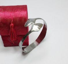 Silber-Armreif Silberbesteck  Besteckschmuck AB304 von Atelier Regina  auf DaWanda.com