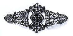 антикварные украшения из чугуна