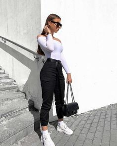 High Waisted Utility Cargo Fitted Joggers Trousers Black is part of Trendy outfits - 8 and is wearing a size s product code ginablack Outfit Jeans, Cargo Pants Outfit, Joggers Outfit, Cargo Pants Women, Pants For Women, Hijab Outfit, Sporty Outfits, Cute Casual Outfits, Sporty Style